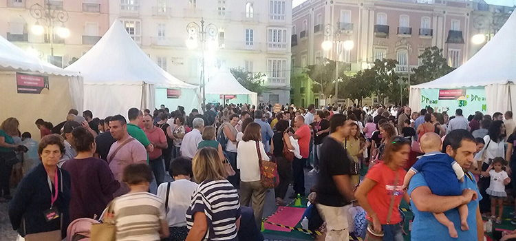 More than 6,000 people take part in the European Researchers' Night in Cadiz