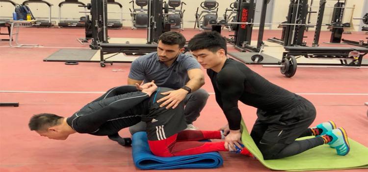 El Comité Olímpico de China contrata a egresado de la UCA como fisioterapeuta para su equipo de Ciclismo Indoor