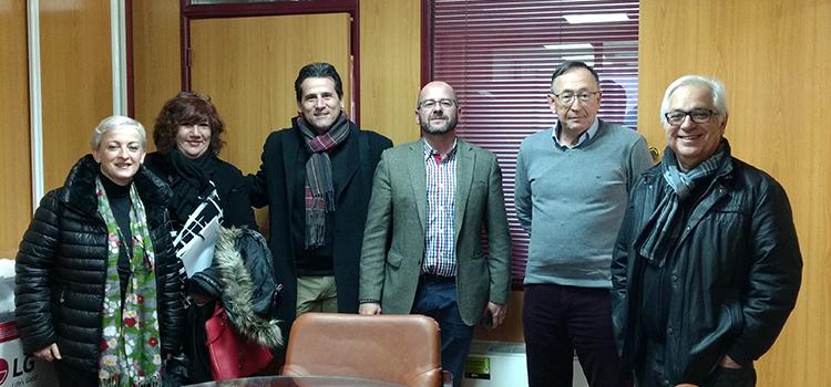 Una delegación del Ayuntamiento de Terrassa visita la UCA para conocer su experiencia de evaluación del PAS