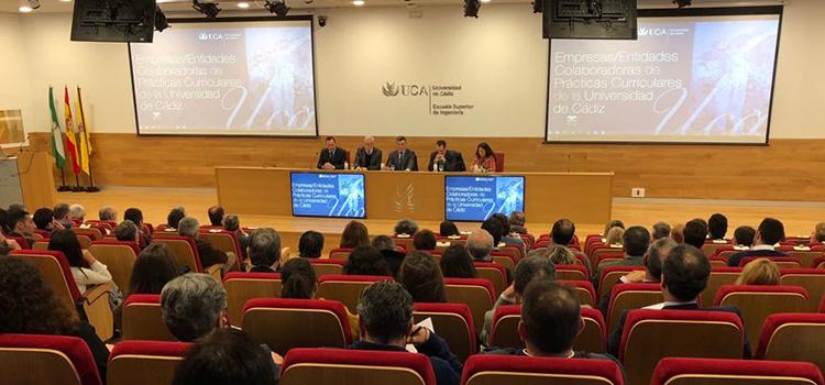 La UCA reconoce la labor de 750 empresas y entidades colaboradoras en las prácticas curriculares