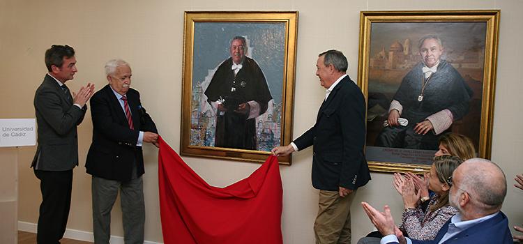 El retrato de Diego Sales Márquez se suma a la galería de los rectores de la Universidad de Cádiz