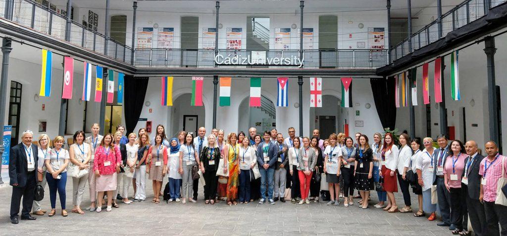 Responsables internacionales de 14 países trabajan en cooperación y movilidad en la IV 'Staff Week' de la UCA