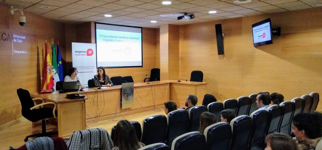 El Campus de Jerez acoge la conferencia 'Emprendiendo desde la visibilidad'