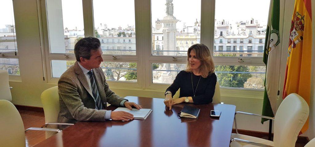 El rector de la UCA y la nueva delegada de la Junta mantienen su primera reunión institucional