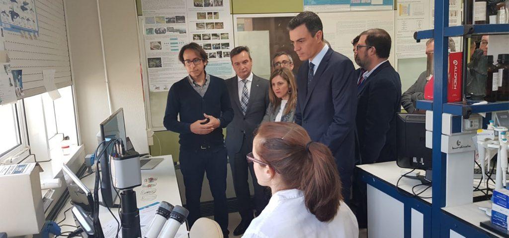 El presidente del Gobierno visita el Campus de Puerto Real de la UCA y las instalaciones del CEI·MAR