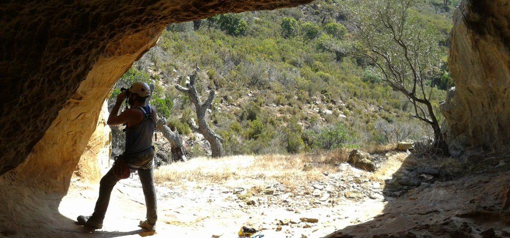 Investigadores de la UCA realizan importantes avances en el estudio del arte rupestre paleolítico de Cádiz