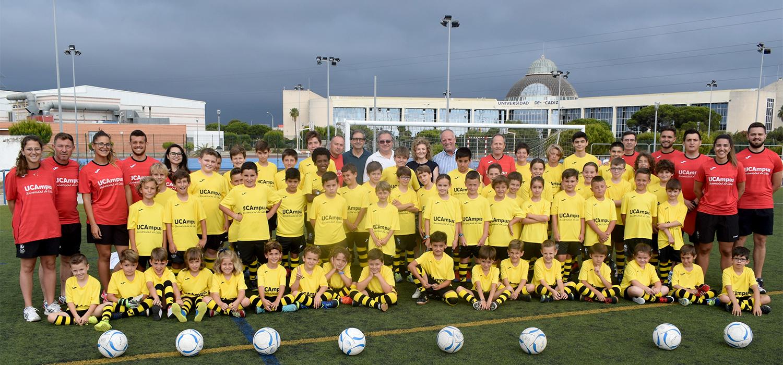 Comienza el VII Campus Infantil de Fútbol UCA  en el Complejo Deportivo de Puerto Real
