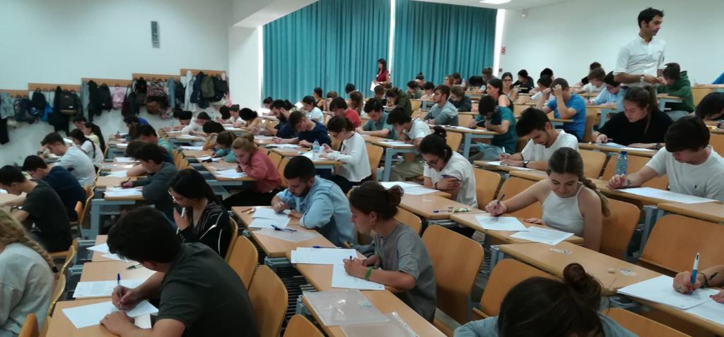 1.100 estudiantes de 129 centros de la provincia se presentan en la UCA a la convocatoria de septiembre de acceso a la universidad