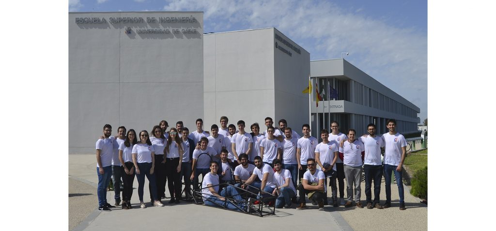 150 estudiantes de la UCA diseñan y construyen un monoplaza que competirá en Montmeló
