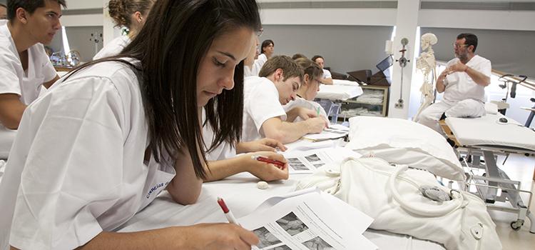 La UCA se coloca entre las mejores del mundo en Ciencias Físicas, de la Vida y Ciencias de la Salud según Times Higher Education
