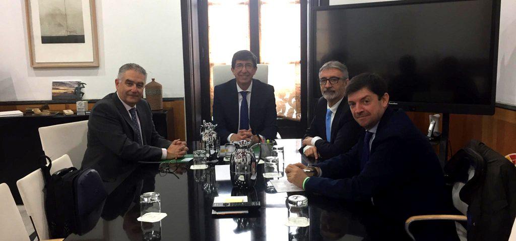 Junta y UCA crearán una Cátedra de Turismo Accesible e Inclusivo