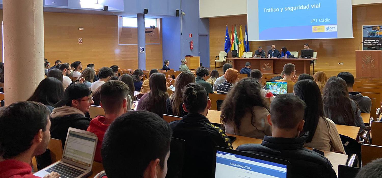 El Campus de Jerez acoge las Jornadas de Marketing Social y Seguridad Vial en la UCA