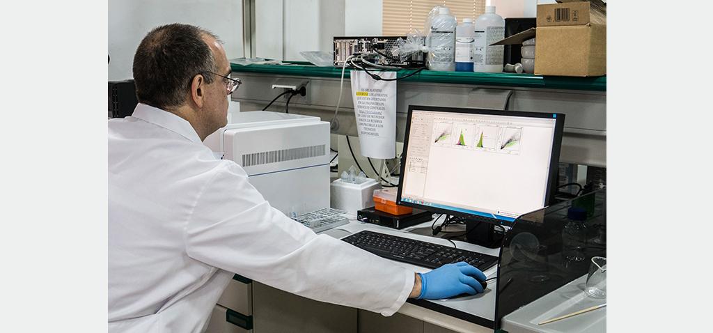 UCA e INIBICA trabajan en el desarrollo de un novedoso test rápido para detectar el COVID-19 que identifique anticuerpos