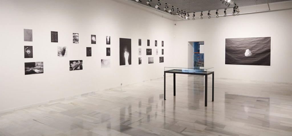 La exposición 'Obscuria de Profundis' podrá visitarse hasta el 18 de septiembre en la Kursala
