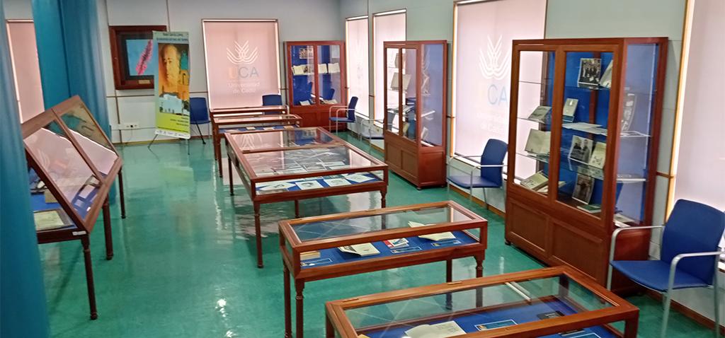 La exposición 'Ángel García López, la conciencia del tiempo' ya se puede visitar en la Sala de los Libros