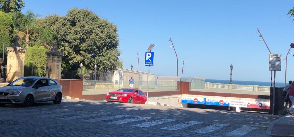 Abierta convocatoria para solicitar abonos de aparcamiento en el Campus de Cádiz