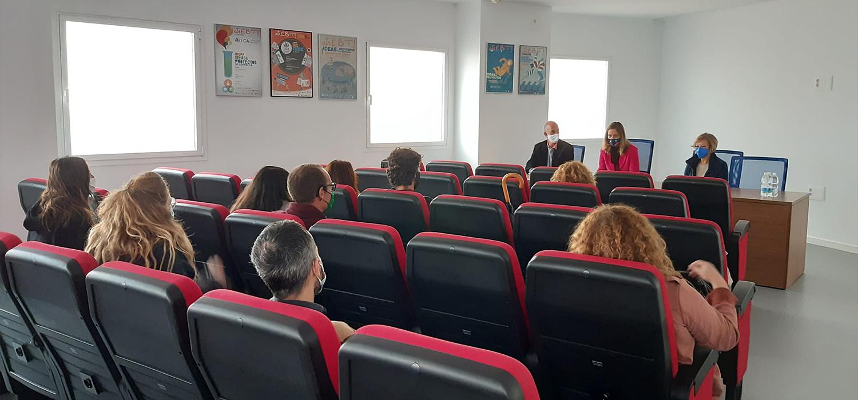 UCA y GDR celebran encuentro sobre emprendimiento y transferencia de conocimiento en el ámbito salinero