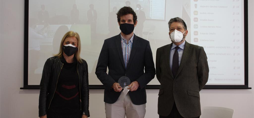 El estudiante de la EPS de Algeciras, Guillermo Ripalda, gana el II Premio de Innovación Portuaria