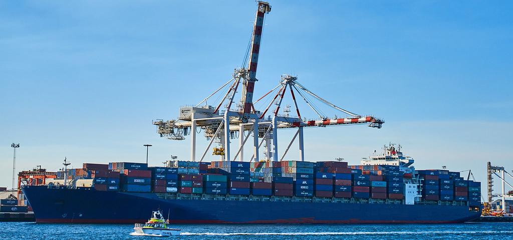 Investigadores de la UCA constatan una notable caída de las emisiones de carbono en el Estrecho de Gibraltar durante 2020