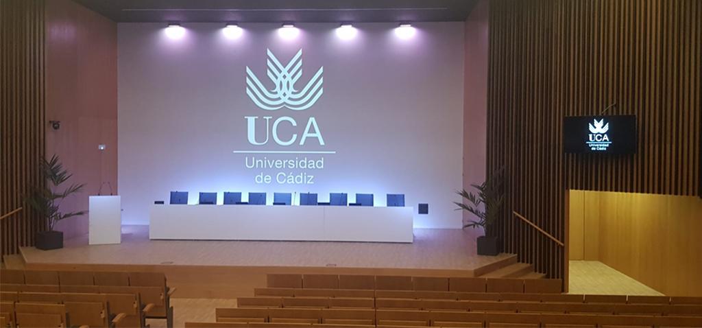 El Campus Bahía de Algeciras de la UCA estrena el equipamiento del nuevo salón de Actos de la EPSA