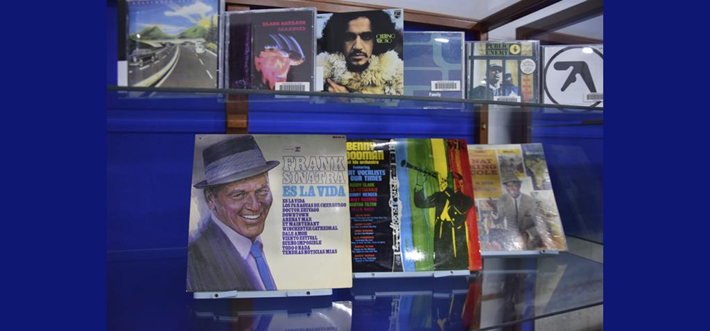 La exposición 'La música en la Biblioteca' acerca el patrimonio documental y sonoro de la UCA