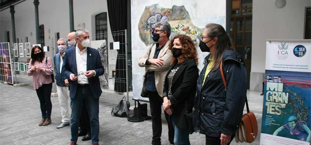 La UCA acoge la exposición colectiva 'Migrantes' en el edificio Constitución 1812
