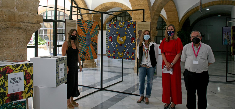 La UCA inaugura la exposición 'Wax: tejidos con historia' en la Facultad de Filosofía y Letras