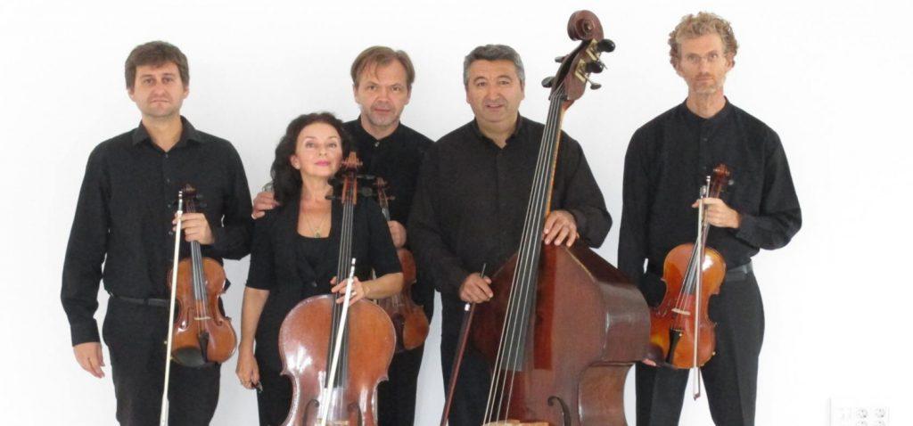 El quinteto de cuerda 'Tótem Ensemble' presenta en Cádiz su programa 'Bandas sonoras'