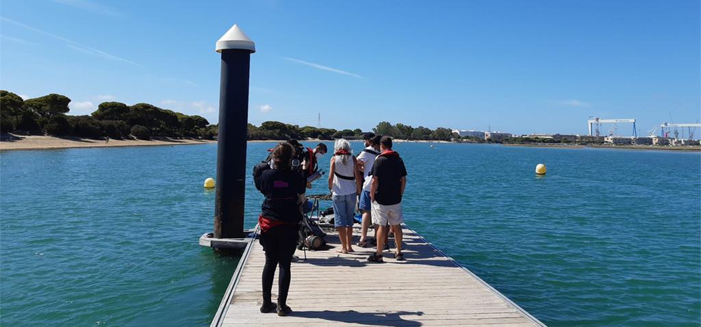 Investigadores de la UCA guían una visita al Observatorio Costero Ambiental del Río San Pedro