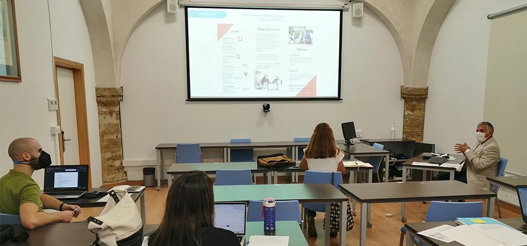 El Vicerrectorado de Internacionalización celebra el curso de redacción de proyectos de 'Asociaci...