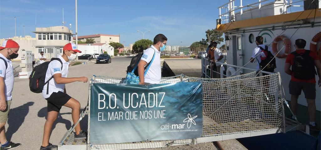 CEI·MAR inicia una nueva edición de 'Mares de Andalucía' a bordo del UCADIZ desde Puntales